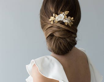 Floral Hair Comb, Bridal Hair Comb, Floral Bridal Accessory, Gold Bridal Comb, Ivory Bridal Headpiece - OLIVE