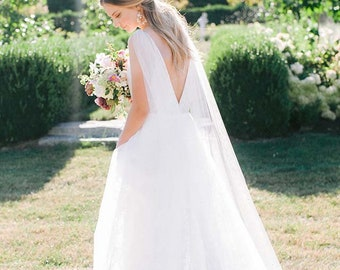 LARA Crystal Bridal Cape, Wedding cape, detachable cape, shoulder cape, cape veil, wedding cape veil, bridal cape veil, bridal coverup