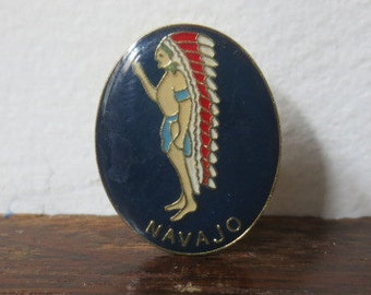 Vintage '70s Navajo Enamel Pin / Native American Enamel Button, Chief w/ Headdress Lapel Pin