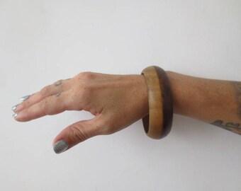 Vintage '60s/'70s Boho Natural 2-Tone Wooden Bangle Bracelet, 2.75 Inch Diameter