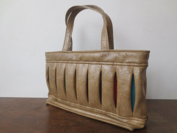 Vintage /'60s/'70s Textured Vinyl Wide Jester Purse Killer Inverted Pleats w Different Colors Inside 15 Inches Wide!