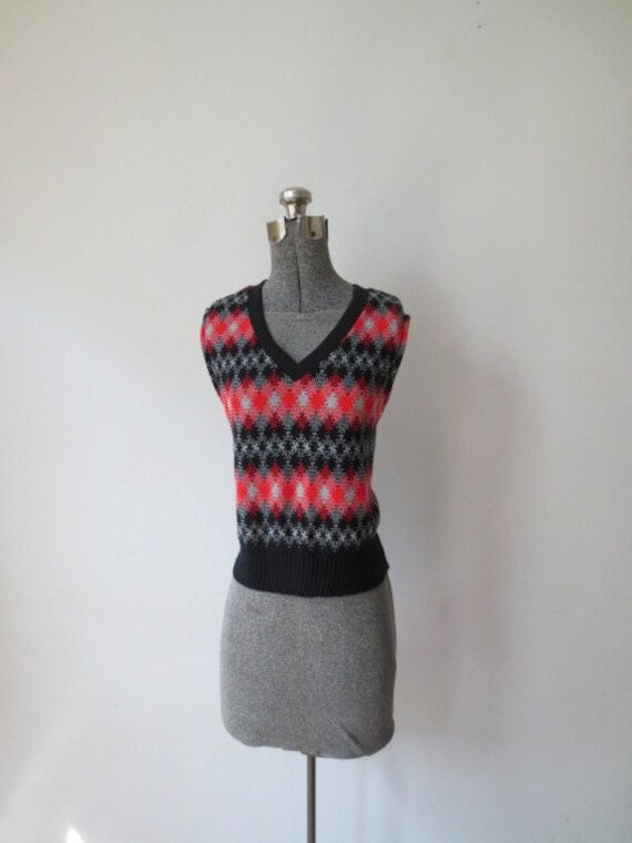 5130d8564ca Vintage  70s Lady Blair Black   Red Light-Weight Knit
