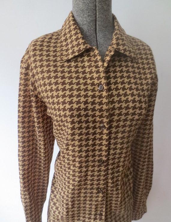 size medium to large Vintage 80 tan brown vintage button up blouse