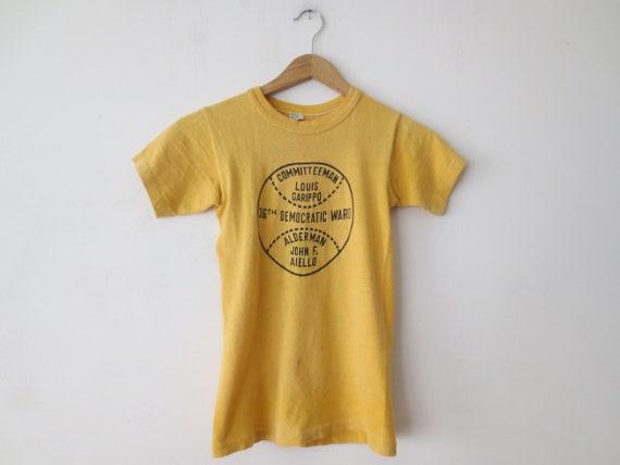 Vintage '60s T-Shirt, Chicago 36th Democratic War… - image 1