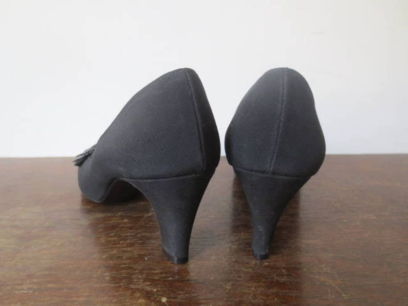 f5017c17c5b Vintage  60s Risque O Conner   Goldberg Black Pumps
