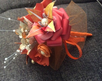 Fall Colors in a Small Origami Flower Bouquet Featuring Book Page Flowers
