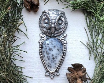 Snowy Owl Gazer (large) in Sterling Silver & Dendritic Opal pear cabochon with Snowflake Dendrites - owl face jewellery ring or pendant