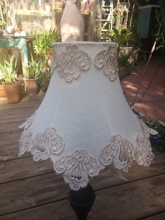 Shabby Chic Lampshade Free Shipping Fabric Lace Crochet Table Lamp With Antique Lace Cristals Floral Home Decor Country French Decor