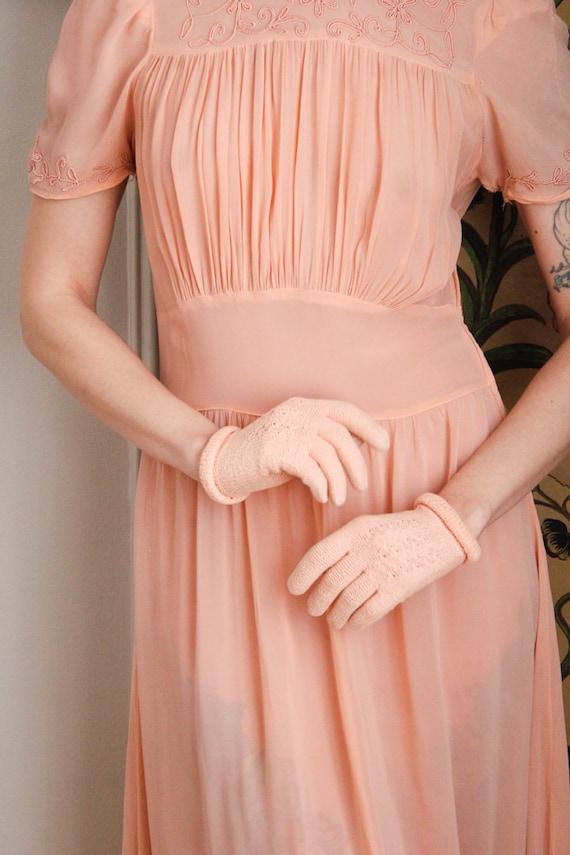 1940s Gloves // Pink Cotton Knit Gloves // vintag… - image 2