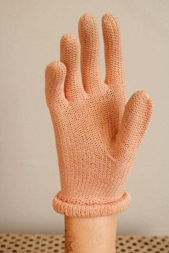 1940s Gloves // Pink Cotton Knit Gloves // vintag… - image 9