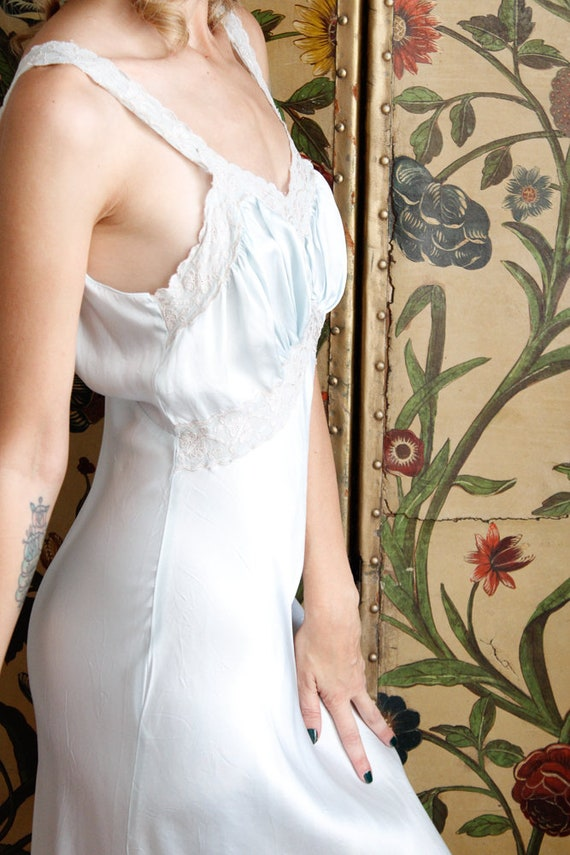 1940s Nightgown // Blue Rayon Bias Cut Nightgown … - image 6