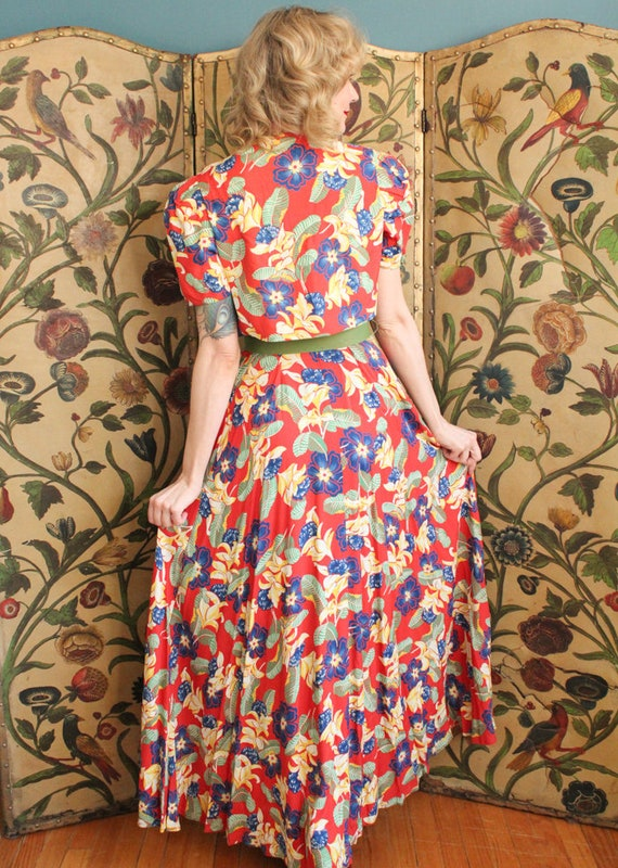 1940s Dress // Tropical Floral Cold Rayon Gown & … - image 5