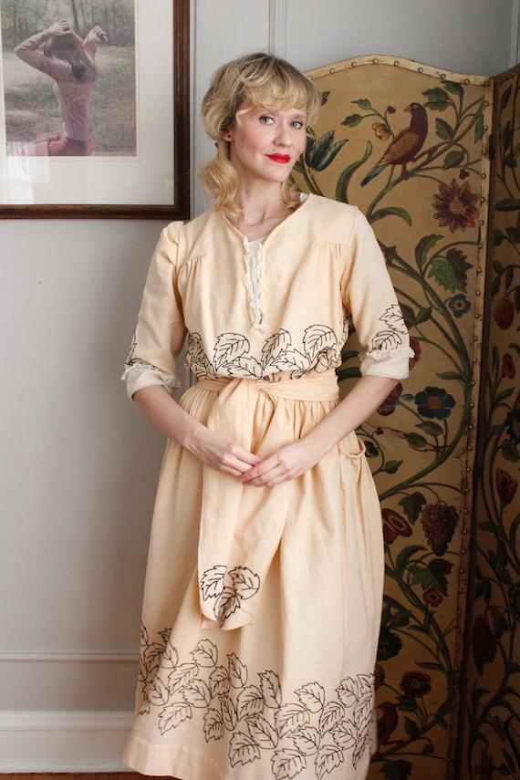 1910s Dress // Edwardian Embroidered Leaf Dress /… - image 10
