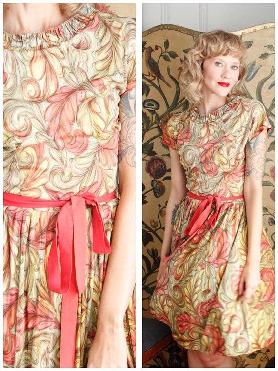 1950s Dress // Blush Feather Jersey Dress // vinta