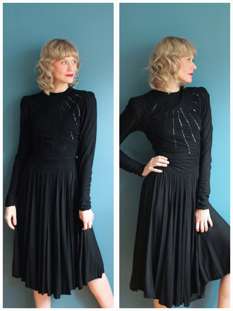 Early 1940s Dress // Caught in my Web Crepe Dress // vintage image 0