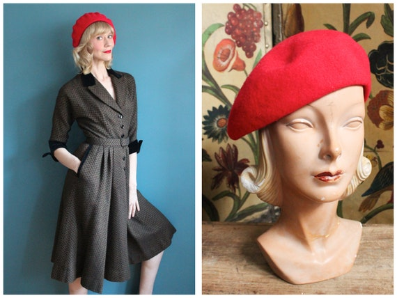 1980s Beret // Bright Red Wool Beret // vintage 80