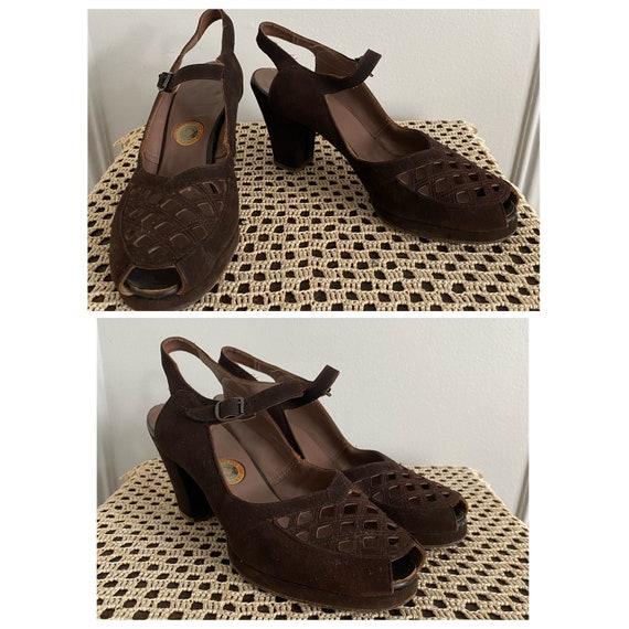 1940s Heels // Dark Brown Red Cross Heels // vinta