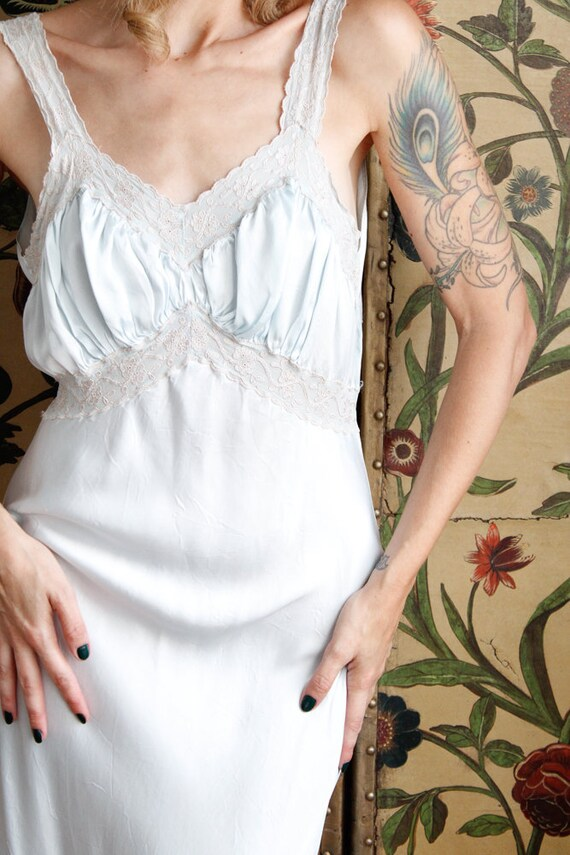 1940s Nightgown // Blue Rayon Bias Cut Nightgown … - image 3