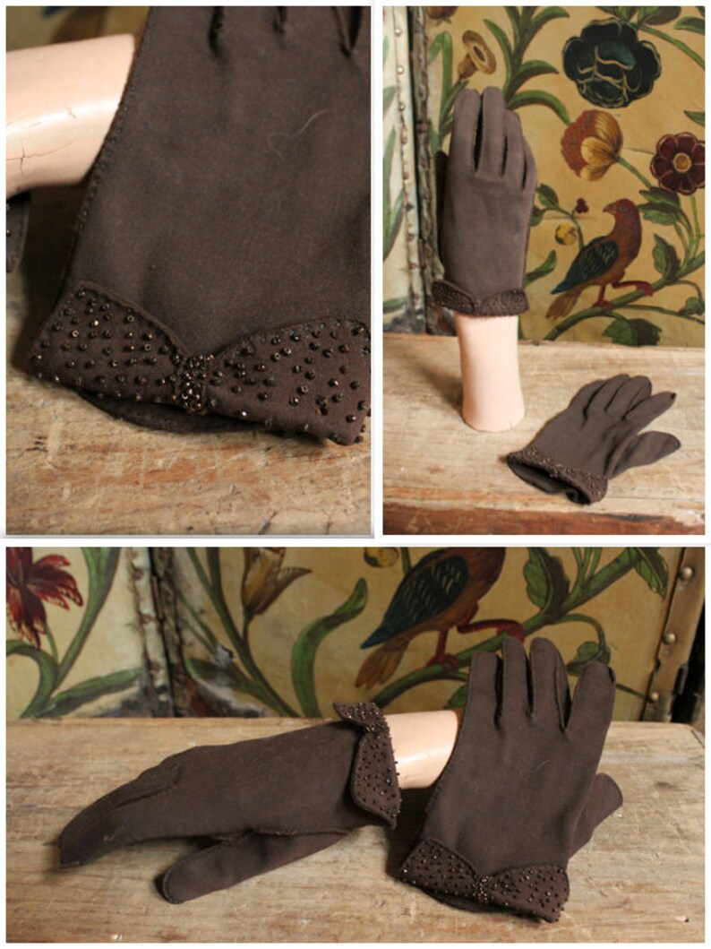 1950s Gloves // Beaded Bow Gloves // vintage 50s gloves image 0
