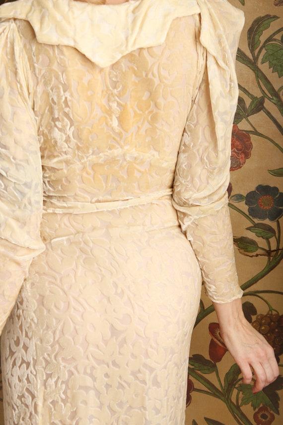 1930s Wedding Gown // Bewitching Silk Velvet Wedd… - image 10