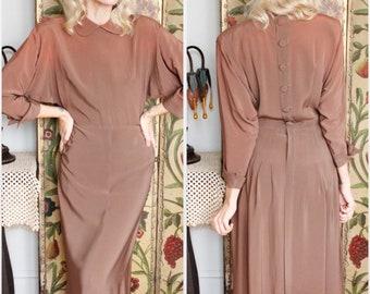 1940s Dress // Bronzed Beauty Rayon Dress // late 40s vintage dress