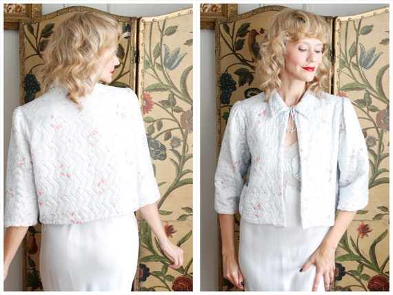 1940s Bed Jacket // Blue Floral Quilted Bed Jacket
