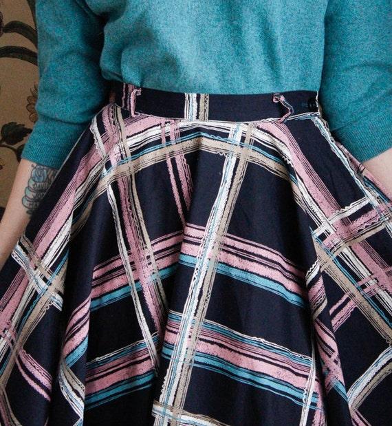 1950s Skirt // Large Plaid Swing Skirt // vintage… - image 3