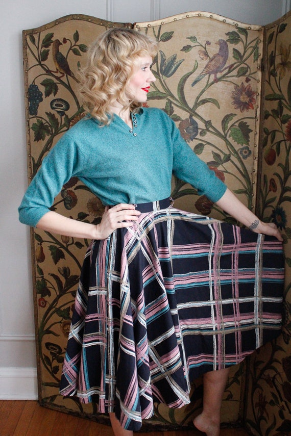1950s Skirt // Large Plaid Swing Skirt // vintage… - image 6
