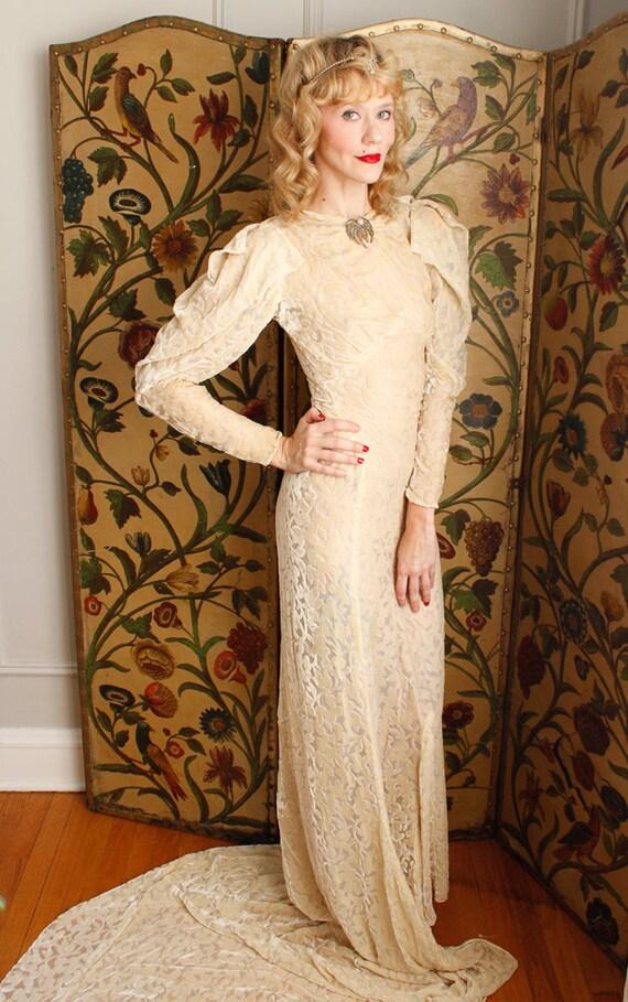 1930s Wedding Gown // Bewitching Silk Velvet Wedd… - image 3