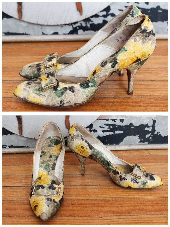 1950s Heels // Silk Floral High Heels // vintage 5