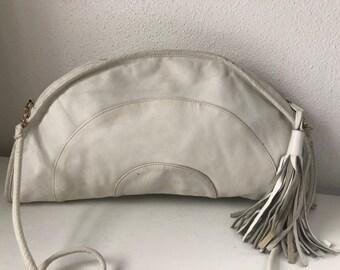 09a2eff4ca 1970 s Rare Brio half moon white leather crossbody purse with fringe