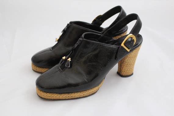 Vintage 1970s Platform Mules / Black 1970s Shoes /