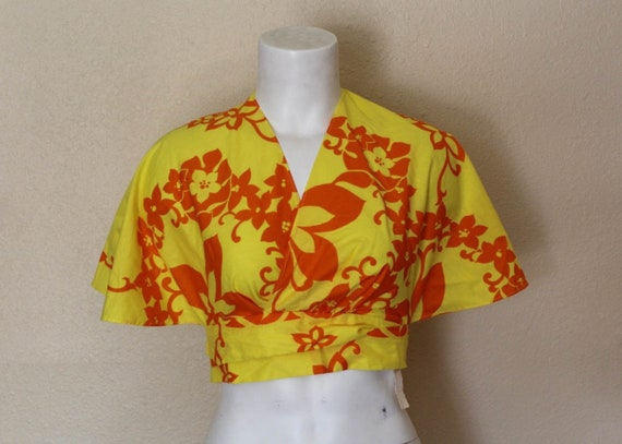 Deadstock Vintage Hawaiian Halter Top / Fashions b
