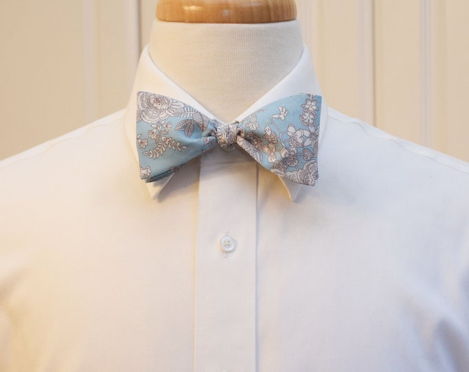 Mens Bow Tie, Liberty of London pale blue/white/brown Cambridge Lace design, groomsmen/groom bow tie, wedding bow tie, tuxedo accessory