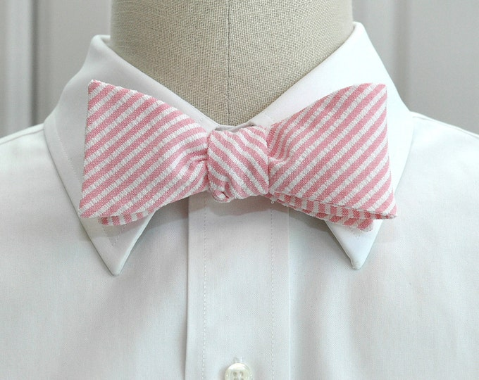 Men's Bow Tie, pink seersucker, wedding party tie, groom/groomsmen bow tie, summer bow tie, Southern preppy bow tie, Easter bow tie