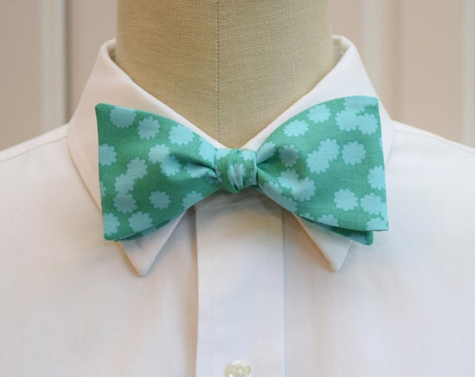 Men's Bow Tie, turquoise/aqua flowers, wedding bow tie, groom bow tie, groomsmen gift, floral bow tie, summer wedding bow tie, tux accessory