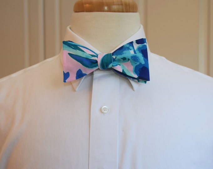 Men's Bow Tie, Sweet Pea blues/pink Lilly print bow tie, groomsmen/groom bow tie, wedding bow tie, Carolina Cup/Kentucky Derby bow tie