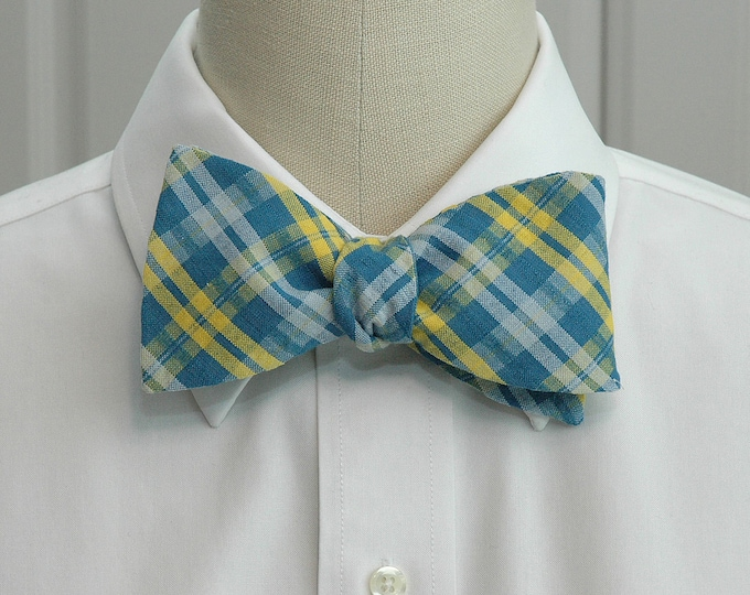 Men's Bow Tie, teal, yellow and white seersucker plaid bow tie, UNC Wilmington color bow tie, wedding bow tie, groom bow tie, summer bow tie