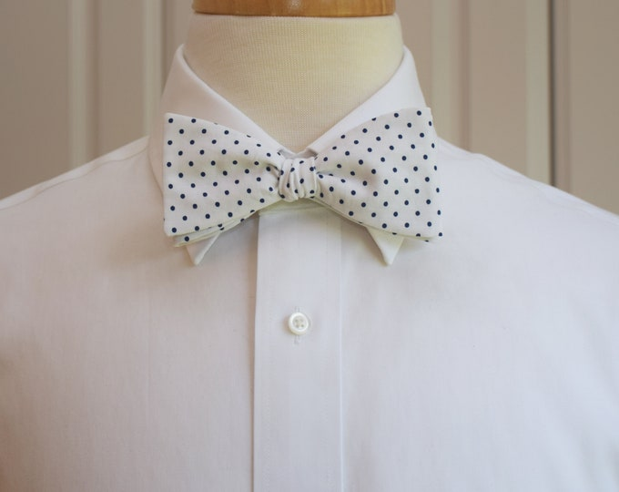 Men's Bow Tie, white with navy mini dots bow tie, traditional bow tie, wedding party bow tie, groom/groomsmen bow tie, fun summer bow tie