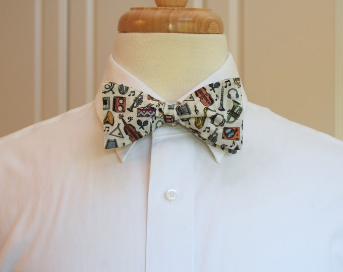 Men's Bow Tie, musical instruments bow tie, music lover gift, musician gift, multi color/ivory print, wedding bow tie, groom/groomsmen gift