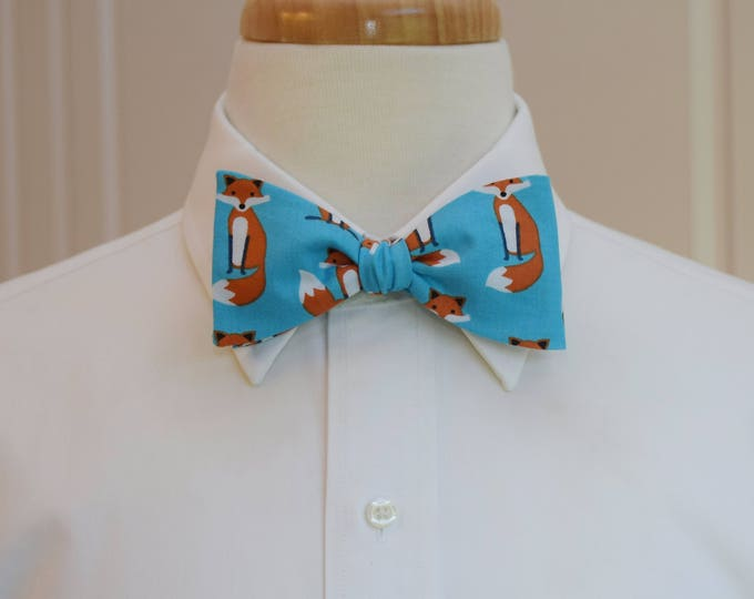 Men's Bow Tie, fox bow tie, zoo wedding bow tie, vet bow tie, turquoise fox bow tie, animal lover bow tie, fox lover bow tie, cute foxes tie