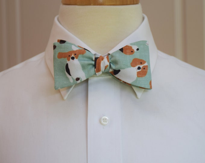 Men's Bow Tie, beagles bow tie, hounds bow tie, beagle lover gift, organic cotton bow tie, dogs bow tie, aqua bow tie, self tie bow tie