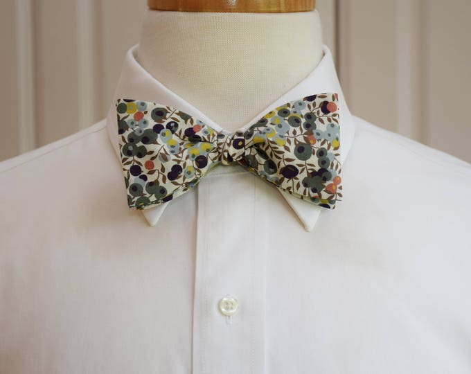 Men's Bow Tie, Liberty of London, ivory/sage leaves/berries Wiltshire print, groomsmen/groom bow tie, wedding bow tie, English bow tie