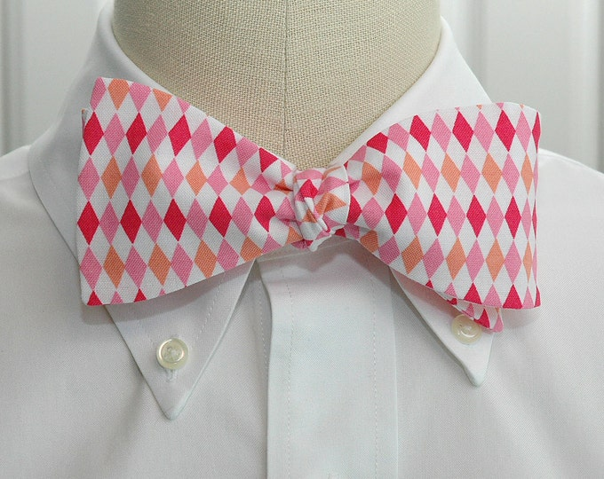 Men's Bow Tie, pinks/white harlequin diamonds, geometric print bow tie, wedding party bow tie, groom/groomsmen bow tie, pink prom bow tie
