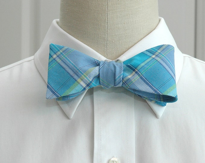 Men's Bow Tie, turquoise/blue plaid, wedding bow tie, groom/groomsmen bow tie, summer bow tie, prom bow tie, check bow tie, southern style
