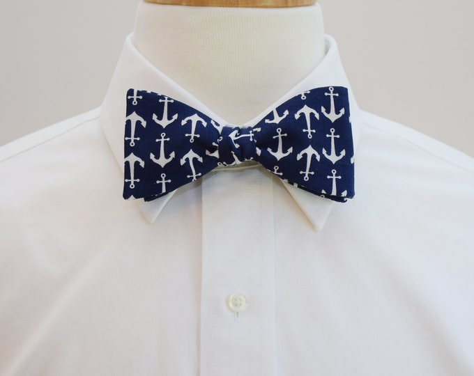 Men's Bow Tie, navy/white anchors, nautical bow tie, sailor gift bow tie, sailor's wedding bow tie, ocean bow tie, navy blue/white bow tie