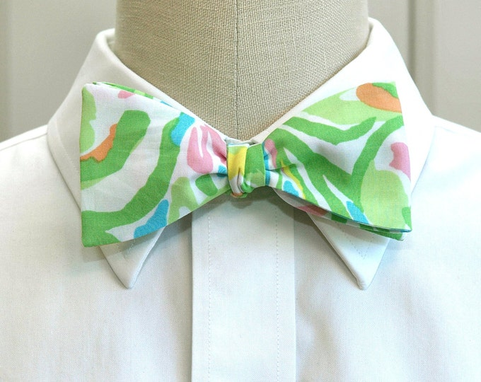 Men's Bow Tie, Elephant Ears green multi Lilly print bow tie, wedding bow tie, groom/groomsmen bow tie, prom bow tie, Kentucky Derby bow tie