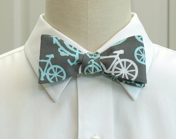 Men's Bow Tie in grey with blue bicycles, self tie, bicycle lover bow tie, Brooklyn bow tie, steampunk bow tie, groom bow tie, hipster tie