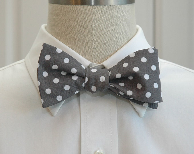 Men's Bow Tie, warm charcoal grey with white polka dots, wedding bow tie, groom bow tie, groomsmen gift, traditional bow tie, gray bow tie