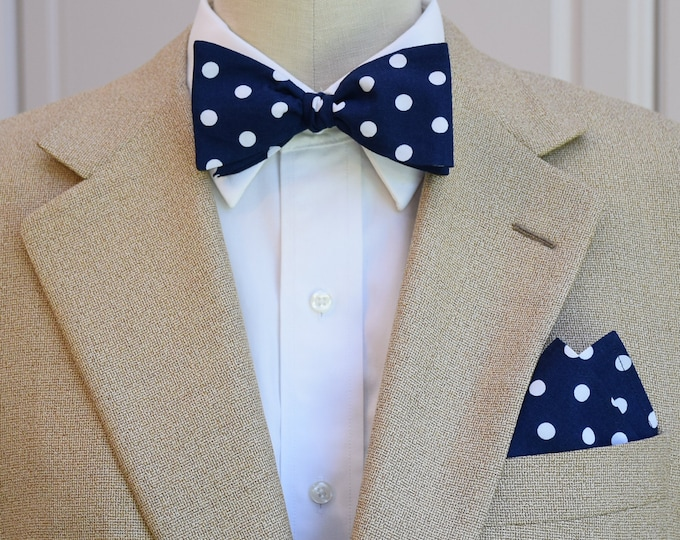 Men's Pocket Square and Bow Tie in navy with medium white polka dots, wedding party wear, groomsmen gift, groom bow tie set, men's gift set